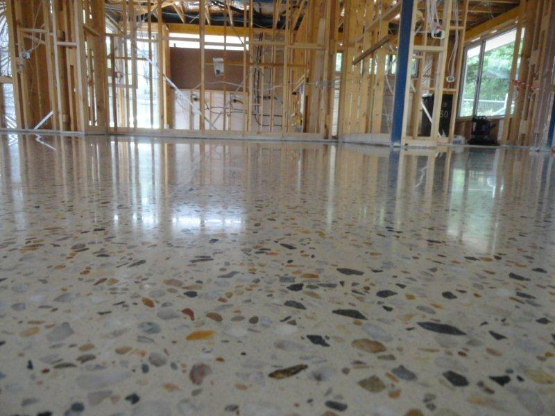 Concrete flooring erie pa stewart concrete masonry for How to shine cement floor